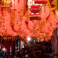 幻想的な灯りに魅せられて…♪一度は行ってみたい『長崎ランタンフェスティバル』