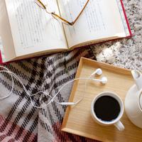 自分でつくれば、読書が楽しい習慣に♪『ブックカバー』をハンドメイドしてみませんか?