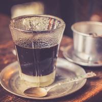 たまには気分を変えて練乳たっぷりのベトナムコーヒーでもいかが?