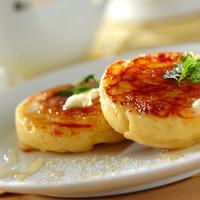 カリふわ食感が楽しい♪おやつや朝食に「クランペット」を作りませんか?