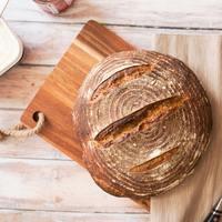 「ずっしり+酸味」は栄養の証。世界一パンが多い国の代表作《ドイツパン》の魅力
