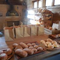"""旅の目的は『パン屋さん』。わざわざ訪れたい""""ちょっと遠くのパン屋さん""""—10選—"""