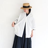春の爽やかコーデには「白シャツ」がマスト。今季おすすめアイテム&参考コーディネート集