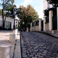 画家たちが愛した街 フランス首都パリ・モンマルトルの丘で19世紀のパリの面影を垣間見よう