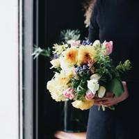 せっかくの外出だから、何か買って帰りたい。そんなときに選びたい「切り花」という選択