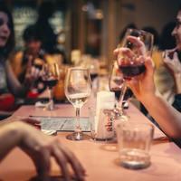 """今夜は気分を変えてリラックス♪ 都内でこだわりの""""ワインと料理""""が味わえる名店 5選"""