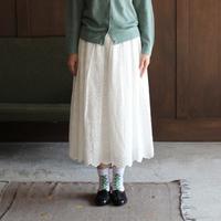 可憐でいて爽やか*【真っ白なコットンスカート】の大人可愛いコーディネート