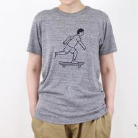 何枚あっても楽しい!「デザインTシャツ」をおしゃれに着こなすテクニック