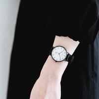 オンの日もオフも、しっくり来る。おしゃれの印象を左右する『腕時計』の選び方