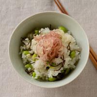 ダル〜い時こそ、この1杯。簡単おいしい「夏野菜の混ぜご飯」で元気も美肌も回復を!