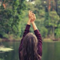 もっと自由に、平穏に暮らすために*内面を見つめる「ヨーガ」の知恵を日々に取り入れよう