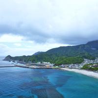 ここは東京!「神津島」「式根島」の海を見に行こう