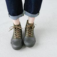 雨の日の強い味方。履きやすくてオシャレな『レインシューズ』をご紹介します♪