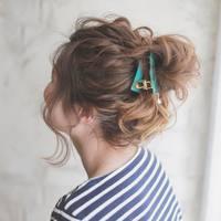 女性らしくてしっかり今どき*いつものヘアアレンジに効く簡単な4つのテクニック