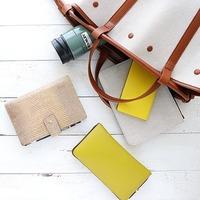 ミニマムで機能的なバッグに変身!おしゃれな人に習う<バッグの中身>整理収納術