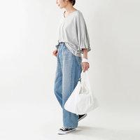 「デザインTシャツ×デニム」が鉄板♪時間のない朝も安心の時短&おしゃれスタイリング