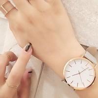 ブレスレット感覚で身につけて。存在感たっぷりのおしゃれな「腕時計」カタログ