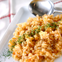 にんにく風味でスタミナ満点◎ステーキに負けない主役級「ガーリックライス」レシピ