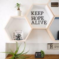 お部屋の雰囲気が変わる♪素敵な「壁面ディスプレイ」術