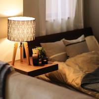 照明や質感で温もりを。秋の夜長にゆったりくつろげる「ベッドルーム」の整え方