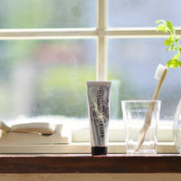 すっきり爽やか、自信が持てる口元に。歯磨き&フロス「オーラルケア」の基本をおさらい