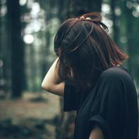 秋が深まる前に始めよう。夏のダメージヘアの「守って」「潤す」ケアとは?