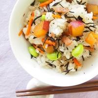 アレンジ無限♪炊飯器や混ぜ込みで作る「ひじきご飯」の簡単レシピ集