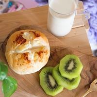 忙しい朝でも10分で完成♪ほっこり日替わりパン+栄養満点ドリンクレシピ1WEEK