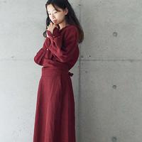 こっくりカラーで季節感のある装いを。「深みレッド」で作る大人の秋コーデ