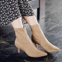 履きやすくて歩きやすい『ストレッチブーツ』を今年の秋冬の一本に