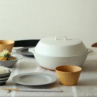 寒い季節の食卓に。美しく機能的な「土鍋」おすすめ5選