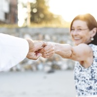 「老後資金が心配…」豊かなシルバーライフの為に今からしておくべき8つのこと