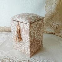 フランスの伝統工芸「カルトナージュ」で、心ときめくハンドメイドボックス作り♪