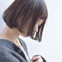 髪の質感から印象を変える*【ツヤボブ】で女性らしく、しとやかに。