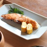 焼き魚にオードブル。丸皿よりも使いやすい!?万能【長皿】のすすめ