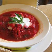 煮込み料理やホットスイーツも。身も心も温まる「ロシア料理」で、おうちディナーを♪
