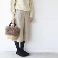 冬の重ね着スタイルには、スッキリ見せが叶う「ワイドパンツ」を取り入れて