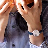 まるで『おはじき』みたいな懐かしさ。クラシカルで小ぶりな、RIKIの新作腕時計