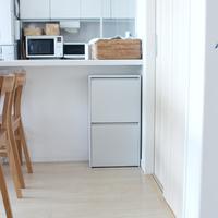 デッドスペースをお洒落に活用♪「キッチンカウンター下」の収納アイデア