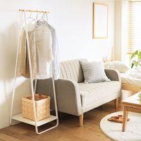 """省スペースだからお部屋もスッキリ。洋服の収納に活躍する""""ワードローブ&収納例"""""""