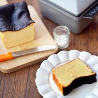 簡単なのにおしゃれ*真っ黒なビジュアルが気になる「バスクチーズケーキ」