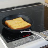 焦げ付きにくく、お手入れ簡単!マルチに使える「ル・クルーゼ」のフライパン