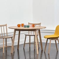 お部屋にもすんなり馴染む。『丸いテーブル』をアートのように飾ろう