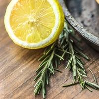 お肌にうれしい食べ物って、どんなもの?知っておきたい「紫外線対策レシピ」