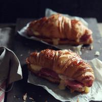 おうちカフェやお弁当にも♪見た目も可愛い「クロワッサンサンド」レシピ