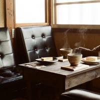 目指すはカフェより「喫茶店」。大人のノスタルジー香るお部屋作り*5つのコツ