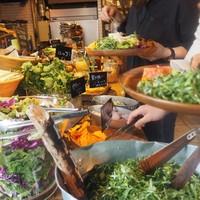たっぷり食べて、おなかも心も大満足♪東京都内「サラダ」の美味しいお店