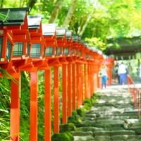 【京都】パワースポット「貴船神社」で縁結。観光&川床ランチ情報