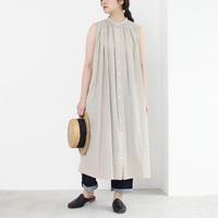 「それどこの?」って聞かれそう。ナチュラルコーデの新定番、yuniの服