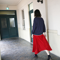 いつの季節もレディコーデに欠かせない。【赤スカート】の素敵な着こなし